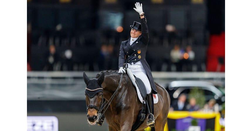 Weltcup-Sieg für Jessica von Bredow-Werndl