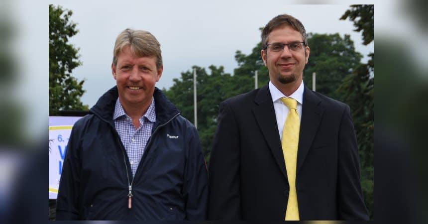 Neben Zuchtleiter Ulrich Hahne wird Markus Beerbaum (links) zur Hannoveraner Körkommission gehören.